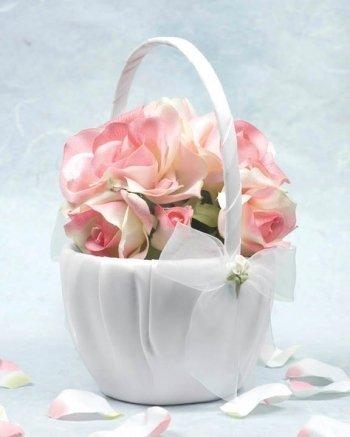 Calla Lily Bouquet Wedding Flowergirl Basket: Basket Color: Ivory