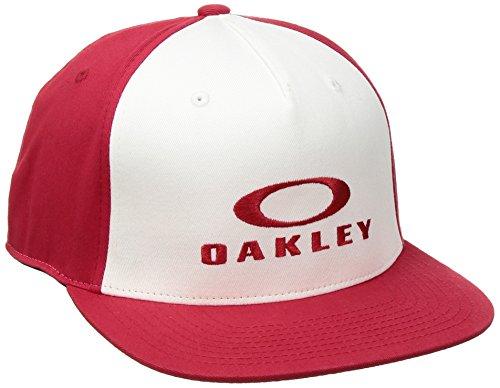 Oakley Men's Sliver 110 Flexfit Hat, red line, One ()