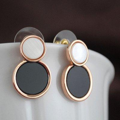 925 needles fashion classic black and white geometric circular shell inlay earrings big earrings simple elegant