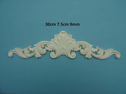 Decorative shell & scroll center applique onlay furniture moulding P18 ()