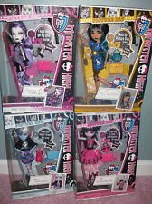 Monster High Picture Day Dolls Set of 4: Spectra, Cleo, Abbey, and Draculaura (Draculaura Picture Day)