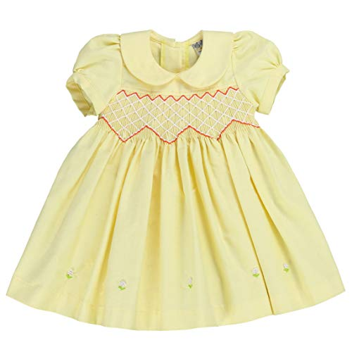 sissymini - Petite Adele Knit Chambray Hand Smocked & Embroidered Dress with Pearl Details- Pastel Yellow 2T ()