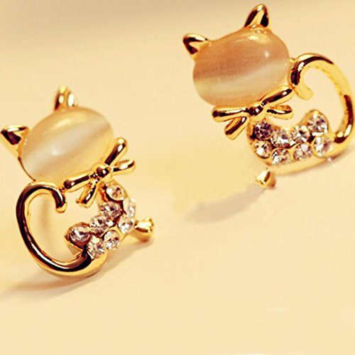 Women Earrings SOUFUN Korean Fashion Cute Cat Stone Crystal Rhinestone Women Stud (Bg Peridot Crystal)
