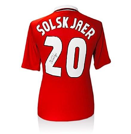 e0822c1bf Ole Gunnar Solskjaer Signed 1999 Manchester United Shirt - Number 20   Amazon.co.uk  Kitchen   Home