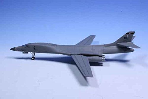 pretty nice 68624 9b475 Herpa 557924 USAF 9th Bomb Squadron Bats, Rockwell B 1B Lancer DYESS All  Miniature, Cars   Trucks  Amazon.co.uk  Toys   Games
