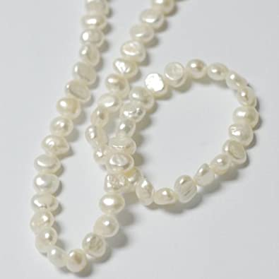 irregular shape colour round and shaped white pearls en