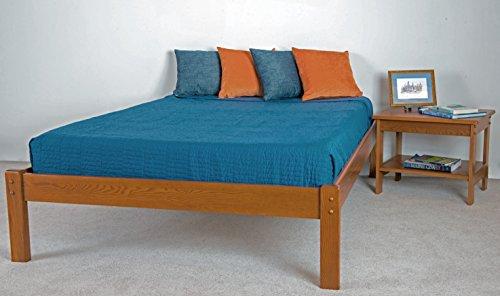 The Yarmouth Platform Bed Frame (Twin, Golden Oak) (Bedroom Twin Slat Post Low)