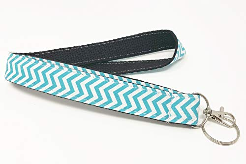 Skinny Wristlet - Doliphine Chevron Wave Fabric Black