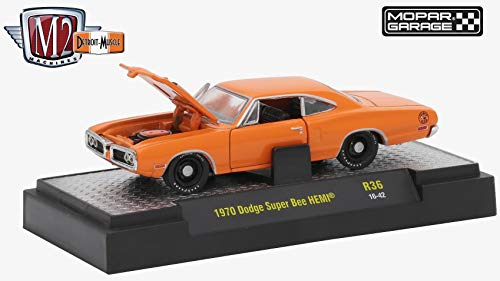 M2 Machines 1970 Dodge Super Bee HEMI (Mopar Garage) - Detroit Muscle Release 36 2018 Castline Premium Edition 1:64 Scale Die-Cast Vehicle (R36 16-42)