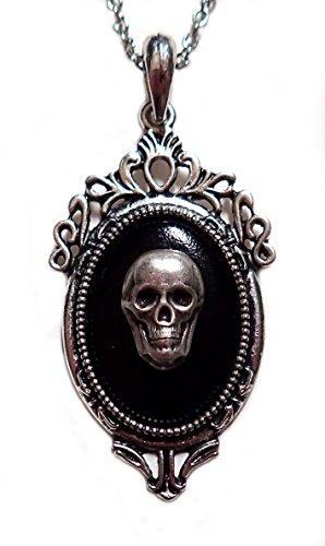(Gothic Victorian Silver Framed Skull Cameo Pendant)