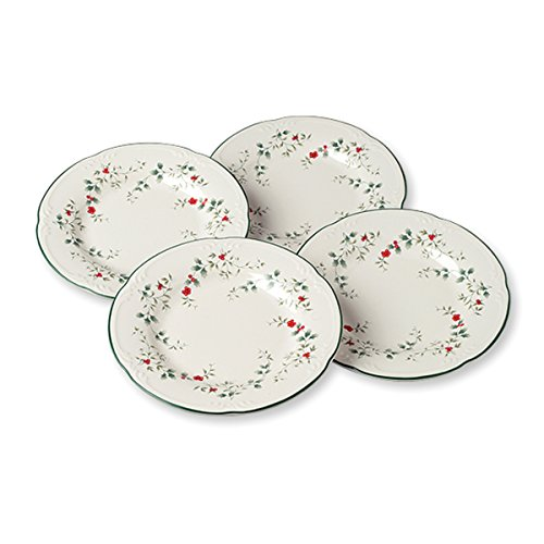 Pfaltzgraff Winterberry Salad Plates (8-Inch, Set Of 4) (Tableware Winterberry Collection)