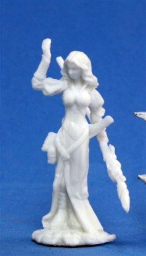 Hyrekia, Elf Sorceress (1) Miniature