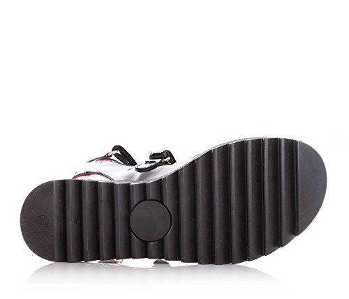 CESARE PACIOTTI - Sandale noire en vernis, reconnaissable par la qualité des matériaux utilises, fille, filles, femmes, enfant