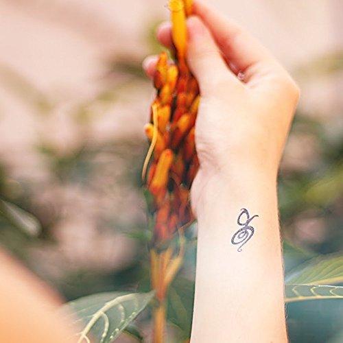 Amazoncom Hakuna Matata Symbol Temporary Tattoo Fake Tattoo