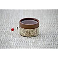 """Hand Cranked Chocolate music box with the melody """"Stand by Me"""". Boîte à musique avec décors marron chocolat avec la mélodie Stand By Me."""