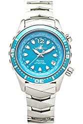 The Abingdon Co Marina Dive Watch in Bahama Blue with Wetsuit Band Expander