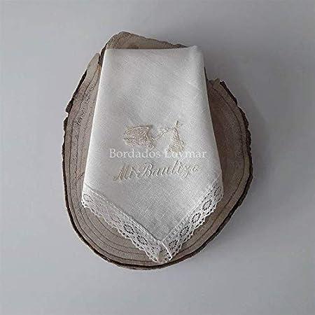 Pañuelo/Paño de Bautizo Personalizado con Nombre y Fecha Bordado Mod. Cigueña de BORDADOS LOYMAR