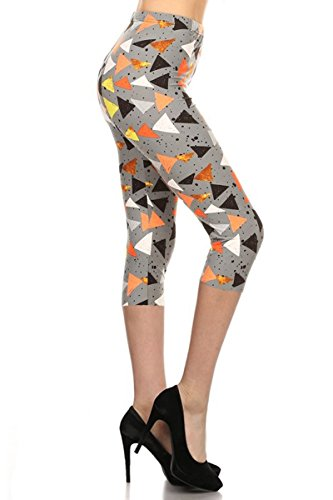 R819-CA-PLUS Triangle Mania Capri Print Leggings ()