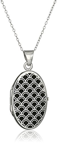 Sterling Silver Italian Oval Freeform Design Locket Necklace, (Design Silver Locket)