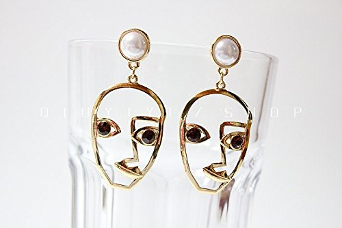 [Unique Design Face Shape Pearl Earrings For Women Party Ball Hot Puck Rock Gift] (Puck To The Face Costume)