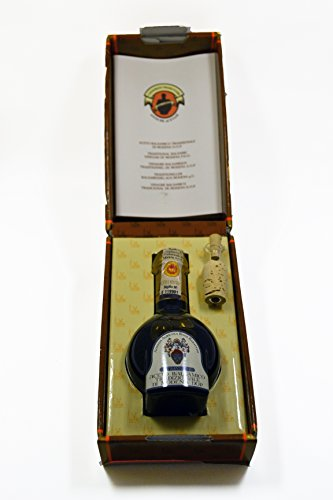 Extra-Vecchio 25 Year Aged Traditional Balsamic Vinegar of Modena 100ml Bottle AND Vecchio Cantalupo 6 Year Aged Balsamic Vinegar of Modena 250ml Bottle-Bundle (2 items) 5 Bundle of 2, Qty of 1, Rossi Barattini 6 Year & Qty of 1, 25 Year Aged Balsamic Vinegar of Modena The Cantalupo Vecchio has a syrupy consistency with a sweet & tart flavor. An inexpensive alternative to the Traditionals. The Extra-Vecchio Traditiona Balsamic Vinegar of Modena is aged for a minimum of 25yrs.