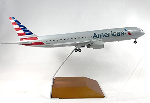 GeminiJets American Airlines Boeing 767-300 Diecast Airplane Model N368AA with Stand 1:200 Scale Part# (American Airlines Boeing 767 300)