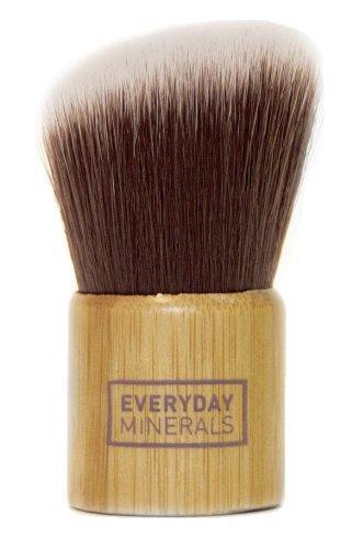everyday-minerals-angled-kabuki-brush