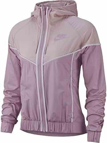f09a0c4622bc Nike Women s Woven Windrunner Full Zip Windbreaker