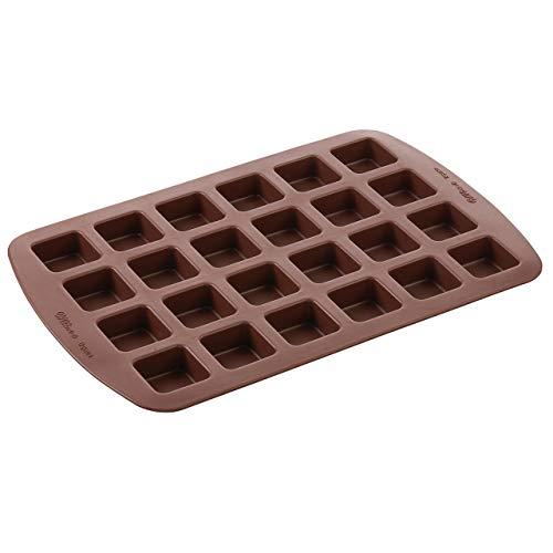 Wilton Bite-Size Brownie Squares Silicone Mold, 24-Cavity (Renewed) ()