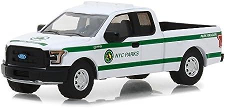 35100E 2016 Ford F-150 Pickup Truck White New York City 1:64 Diecast Model