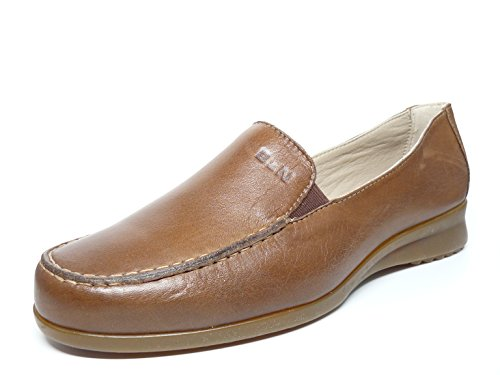Zapato casual mujer tipo mocasin en piel color camel de lamarca PITILLOS 100 - 40 Camel