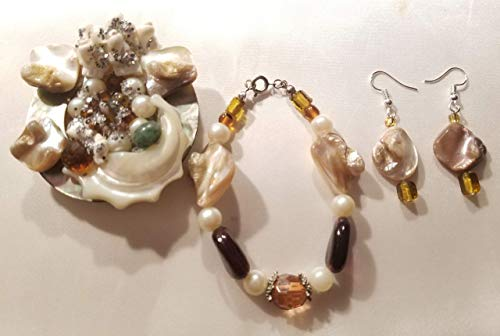(Abalone Shell Mother of Pearl Shell Horn Faux Pearl Brooch Bracelet Earrings Set)