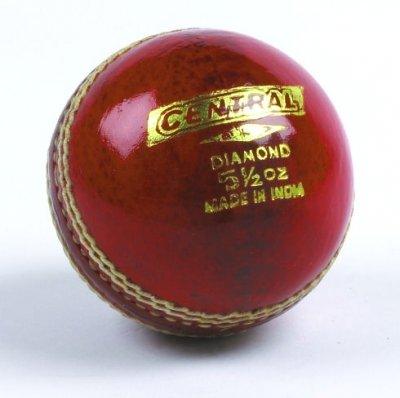 Central de cricket Club de sports d'école d'entraînement et Pratiquer Diamant Quartered Boule