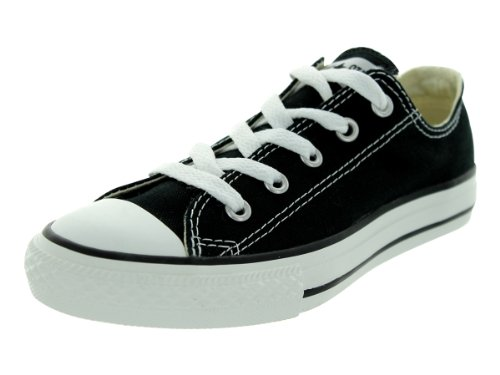Converse Boys' Chuck Taylor All Star Core Ox (Little Kid), Black, 1 M US ()