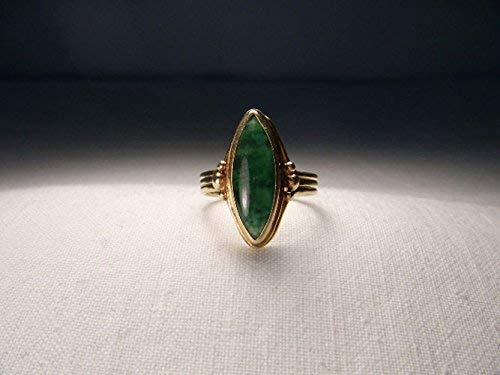 Exceptional Estate 14K Yellow Gold Handmade Marquise Green Jade Ring
