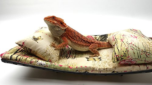 Chaise Lounge for Bearded Dragons, Asian Little Pink Flowers and Butterflies fabric