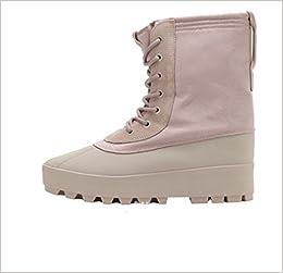 e317a09729f0e Adidas Yeezy 950 M Duckboot Peyote Size 8.5 AQ4828  4055017605331   Amazon.com  Books