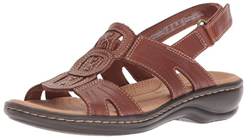 (CLARKS Women's Leisa Vine Platform, Dark tan Leather, 8.5 Medium US)