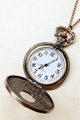 Human Bones Retro Pocket Watch Pocket Watch Men Man Women Girls Students Practical Creative Gift Table Clamshell Skull Necklace Pendant Quartz Watch