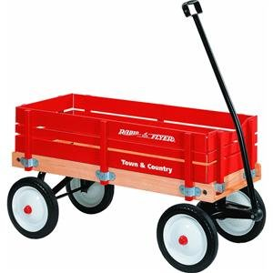 Town And Country Wagon by Radio Flyer