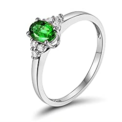 White Gold Tsavorite Diamond Ring