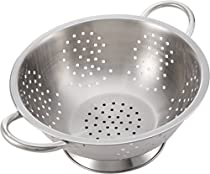 Pro Chef Kitchen Tools Stainless Steel Colander Strainer - Metal Kitchen Sink Pasta Drainer with Wide Grip Basket Handles to Strain Large Pots Noodles, Wash Berries, Fruits, Vegetables, Salads