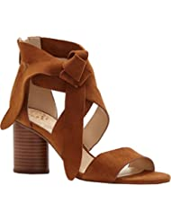 Vince Camuto Womens Jeneve Strappy Sandal