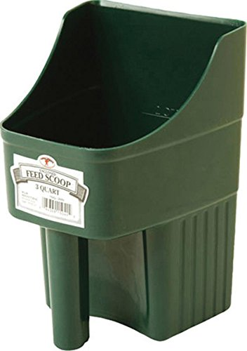 Enclosed Feed Scoop, Green (3 Quart Feed Scoop)