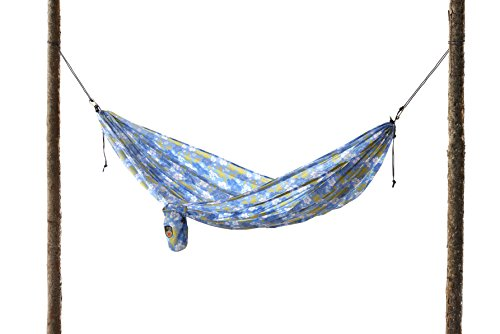 grand-trunk-double-parachute-nylon-hammock-with-carabiners-blue-hibiscus
