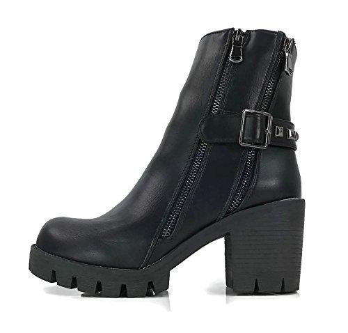 Rocker Boots - 9