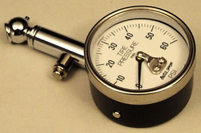 Autometer 2343 TIRE PRESSURE GAUGE, 60 PSI W/PEAK HOLD
