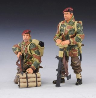 Thomas Gunn Miniatures PARA007 British Paratrooper Tank Riders #1
