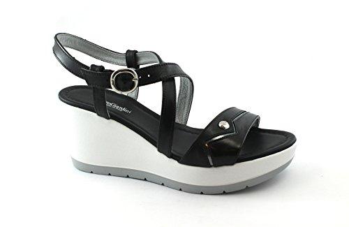 Compensées en Cuir Noires Femmes Nero Giardini Sandales Croisées 5710 Nero Chaussures wqRST8ntz