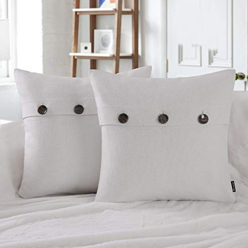Looking for a farmhouse pillows set 20×20? Have a look at this 2019 guide!